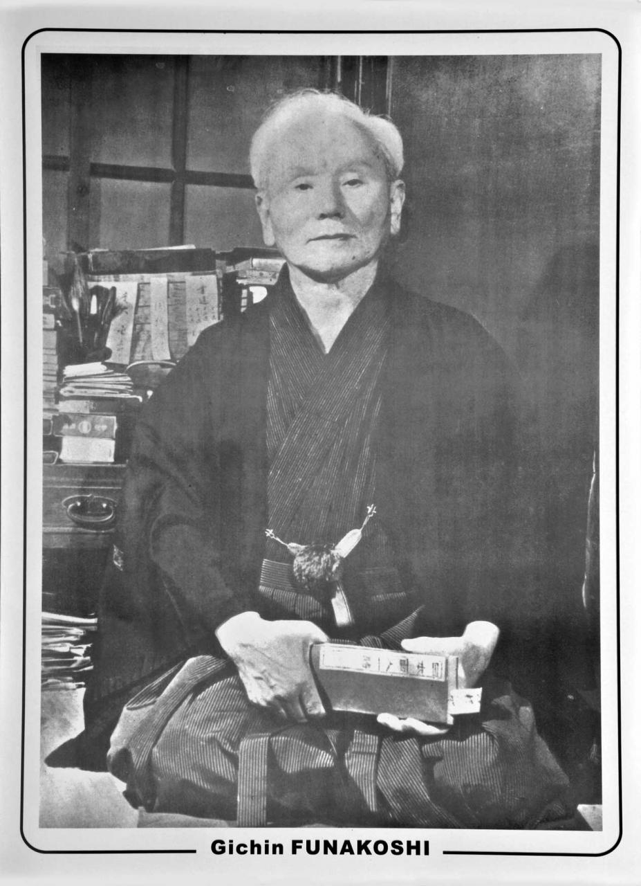 Đại võ sư Funakoshi Gichin